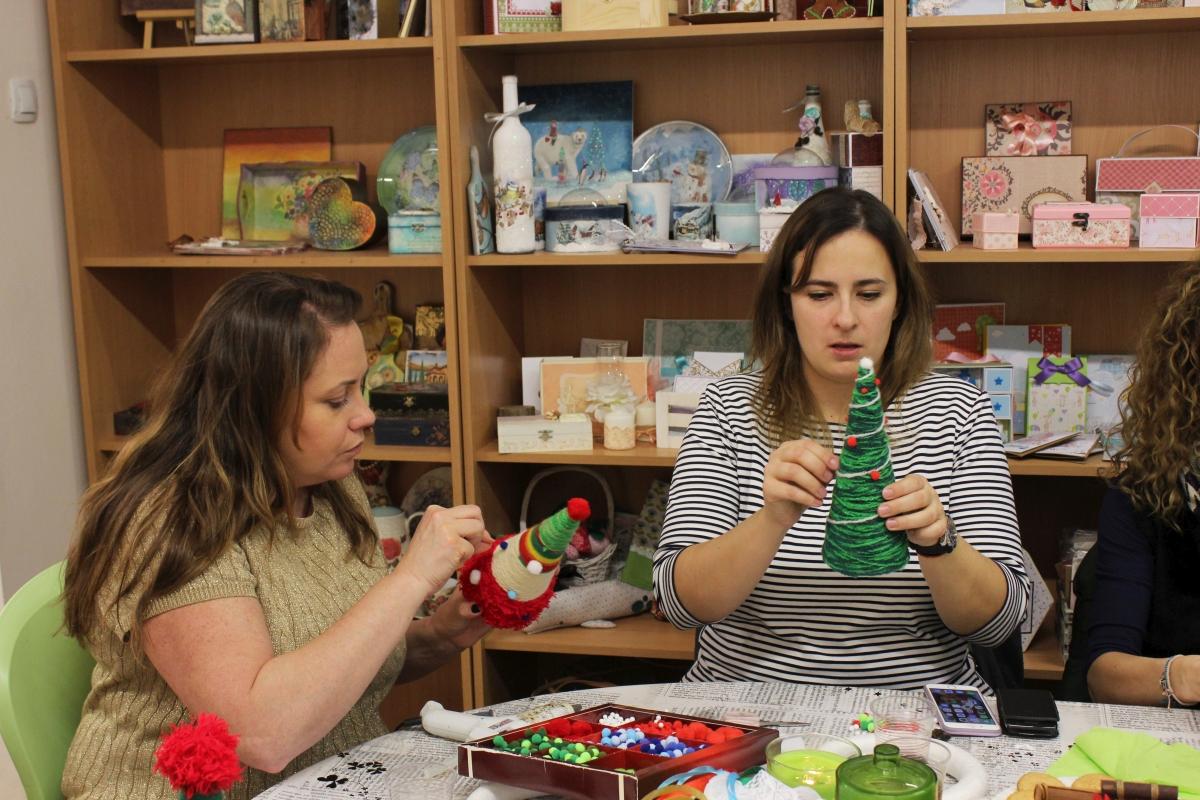 Работилница за коледни играчки 4