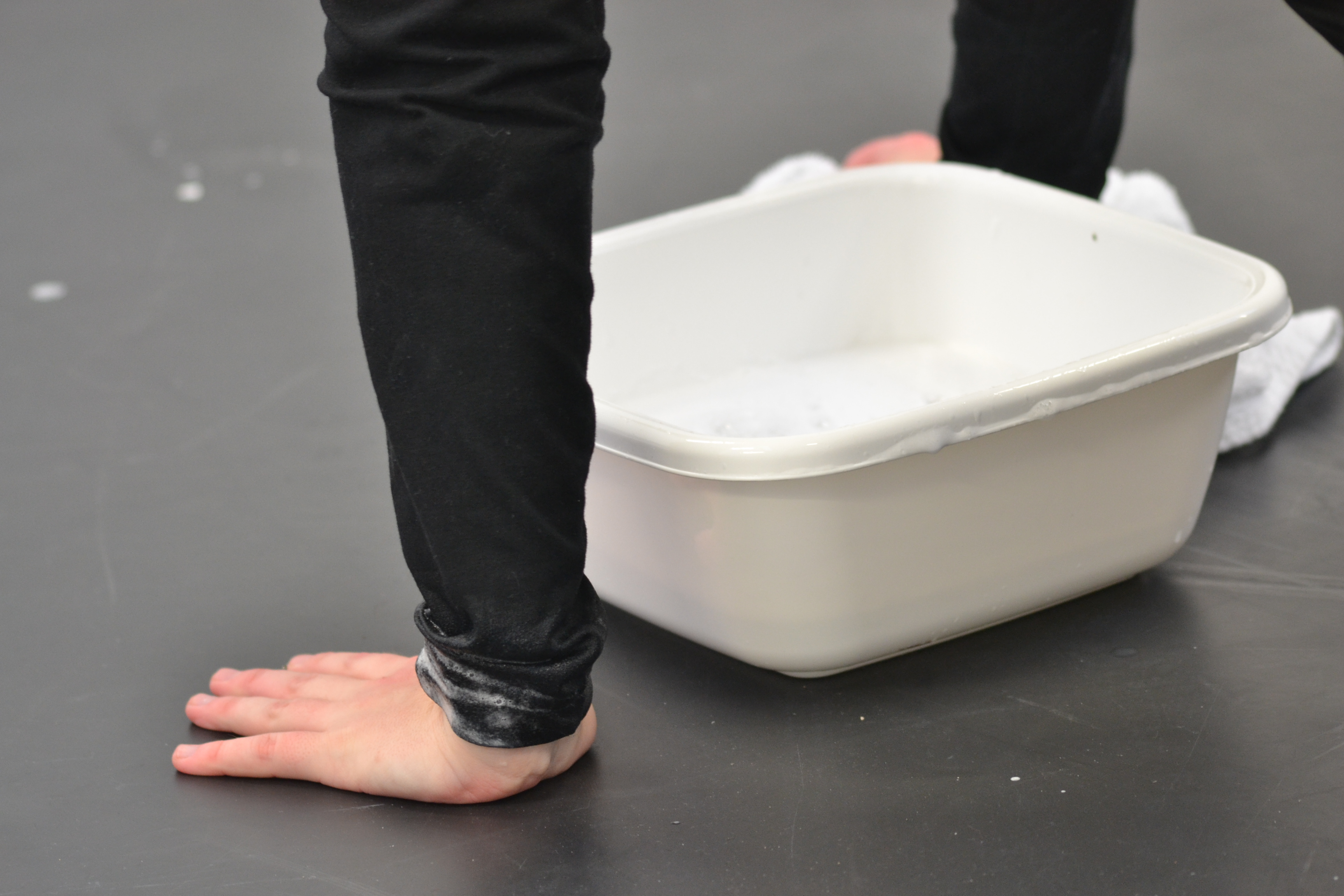 'Circular Hand Wash' 2017 Jas Lucas.JPG