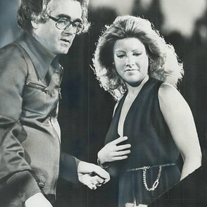 Film composer Michele Legrand and Laury during a concert at the Forum Quebec Montreal.