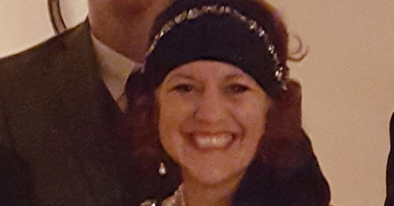 Linda Solotaire Flapper Singer