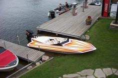 Wharf jet boat