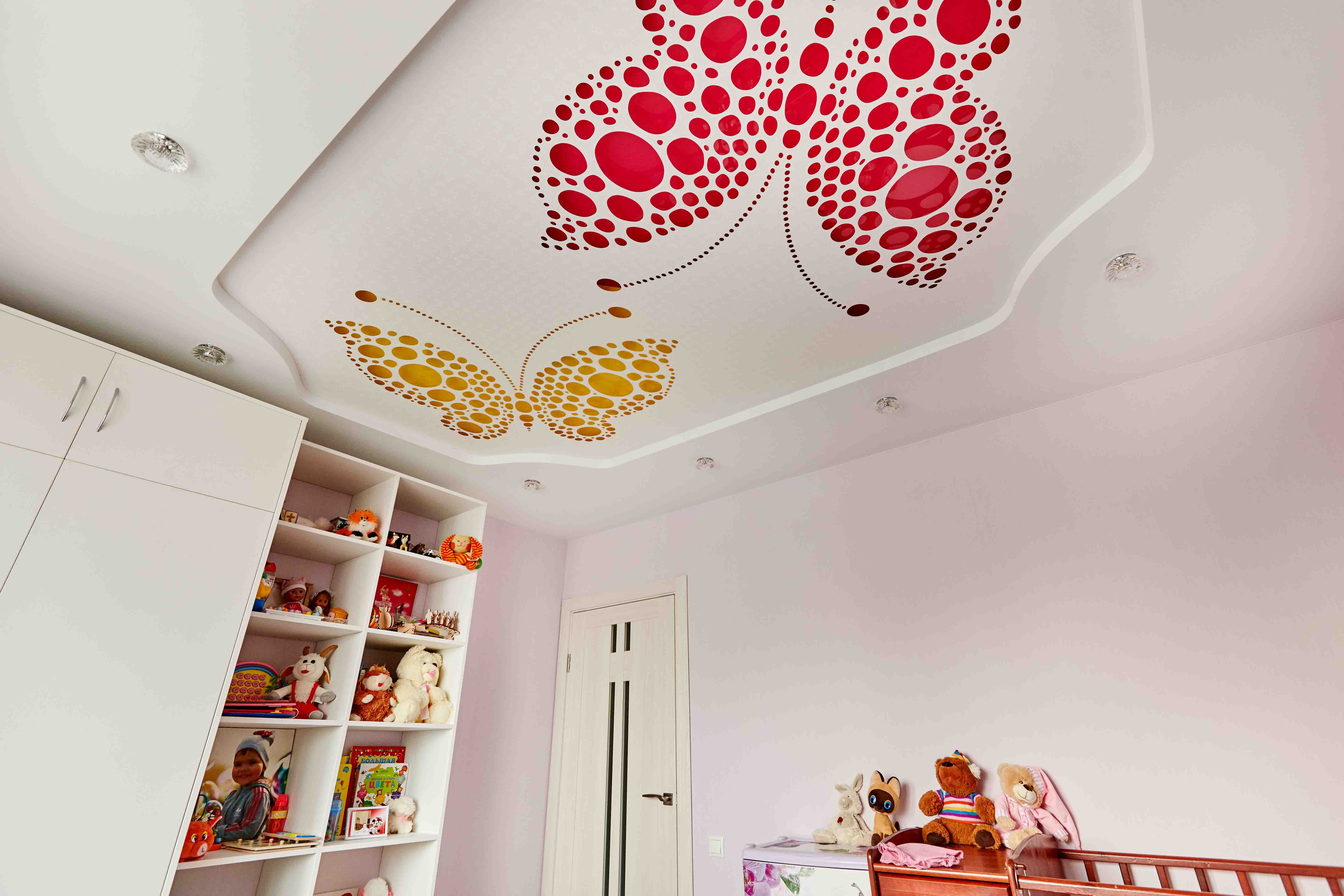 Ceiling the ceilings in Dubai