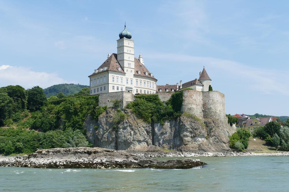 Wachau Valley, Danube River, culinary travel, Europe, river cruise, family vacation, travel advisor, group travel, luxury travel, holiday travel, wine, wine cruise