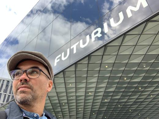 Mike im Futurium