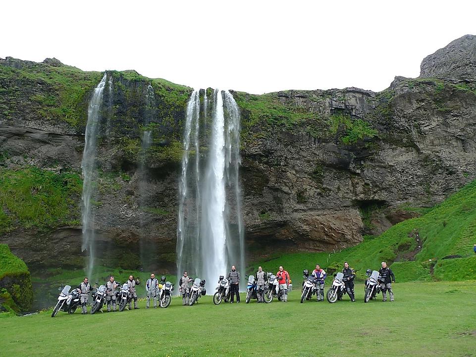 viagem de moto na islandia