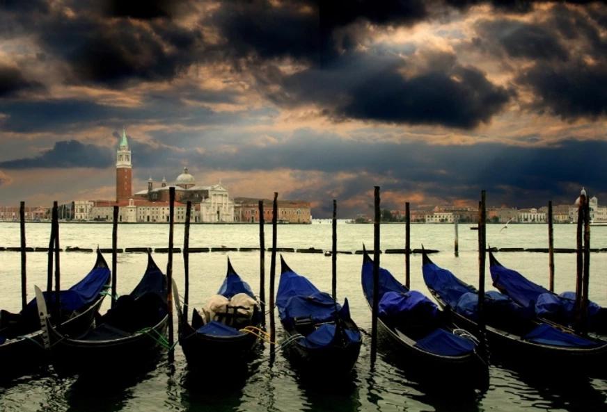 viagem moto Veneza Europa