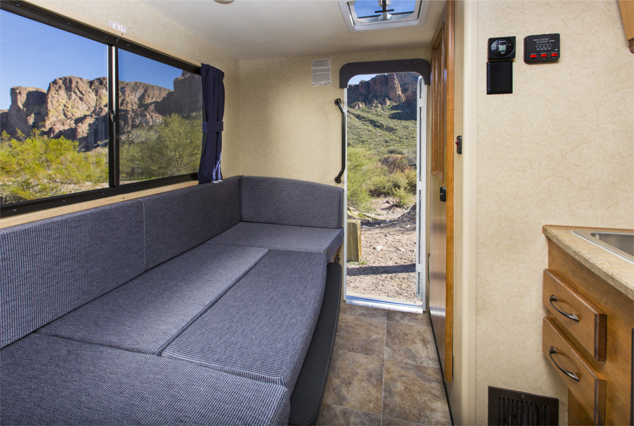 vista interna 3 - T17 Truck Camper