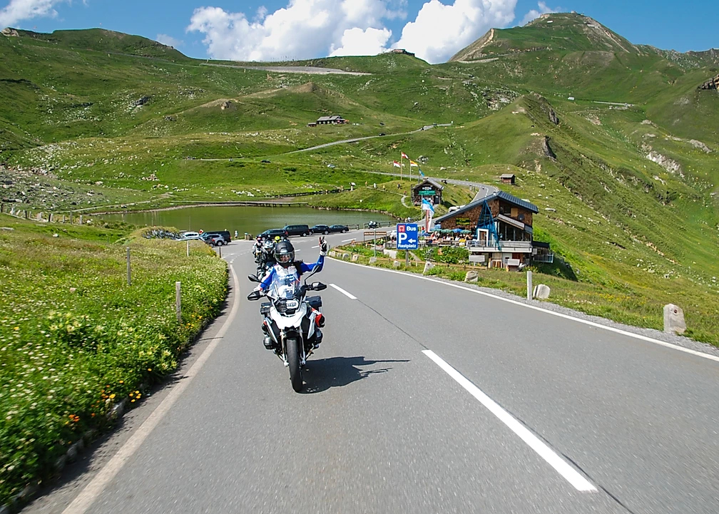 tour de moto RoadTrip Alpes