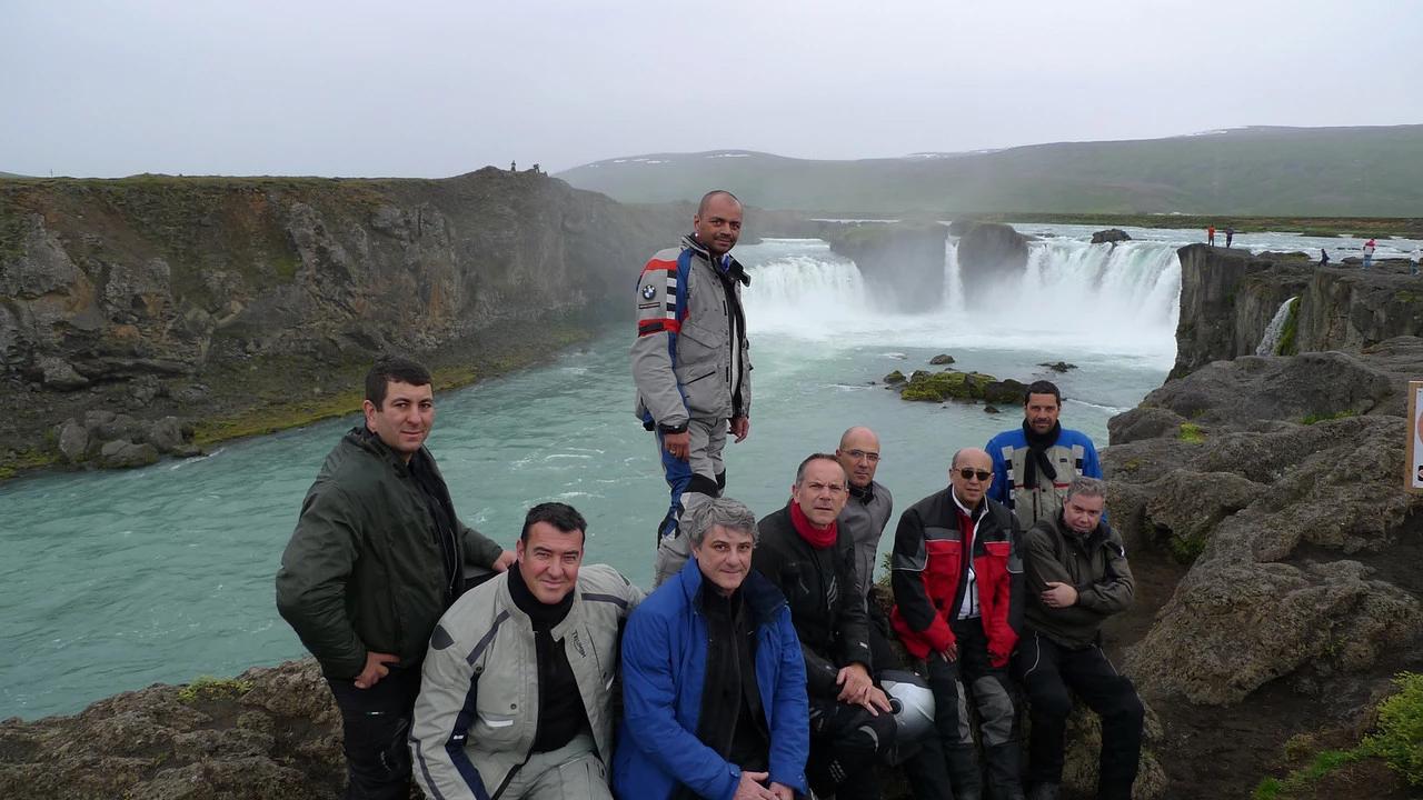 grupo viagem de moto islandia