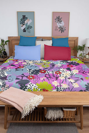 duvet-mockup-featuring-two-bed-pillows-i