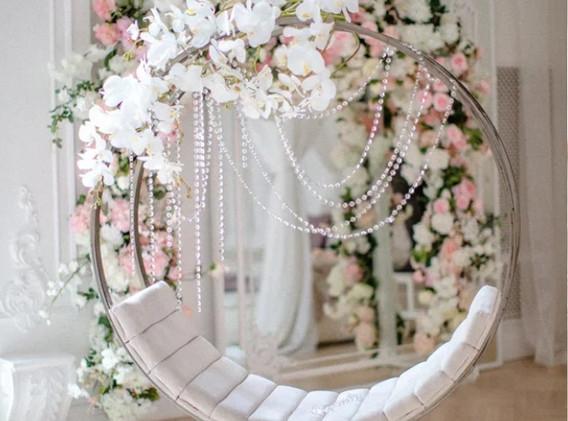 Качели на утро невесты