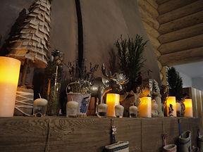 Новогоднее украшение каминной полки