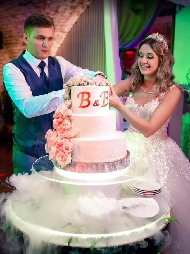 Цветы на свадебный торт