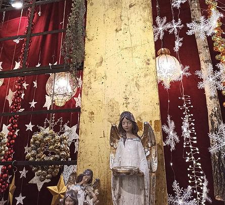 Новогодний декор витрин