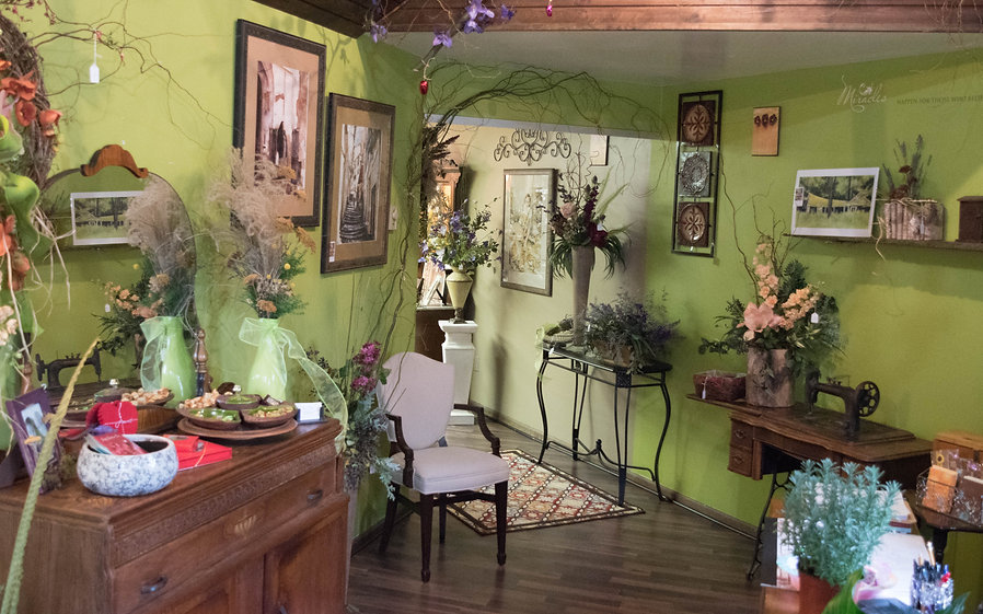 Perry Floral and Gift Shop