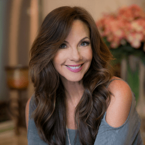 "MF 119 : How Kelly Bonanno Became a ""Savvy Girl"" Entrepreneur"