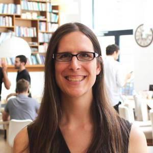 MF 148 : Samantha Alvarez on Moving Forward as a Digital Nomad