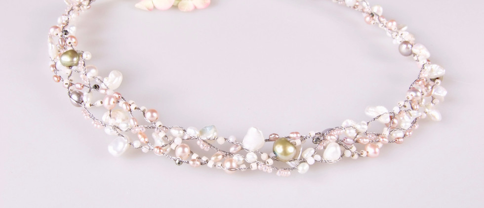 """PEARLS ON WIRE Collier """"tender"""""""