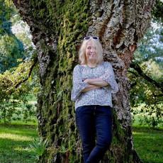 Kirjailija ja puutarhuri Mari Mörö