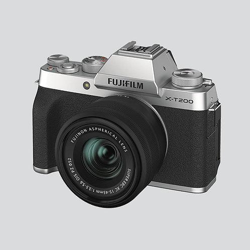Fotoaparat: FUJIFILM X-T200 z objektivom XC 15-45 OIS (kit)