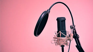 voice-over-in-elearning-find-the-right-v
