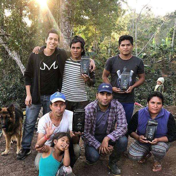 Nuestra familia crece ❤️🙌🏻☕️ Esta camp