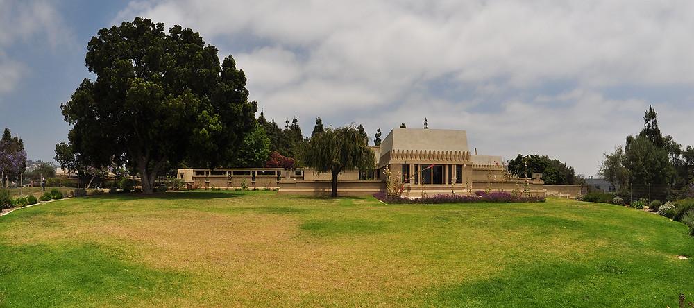 hollyhock house_ california-architettura_wright