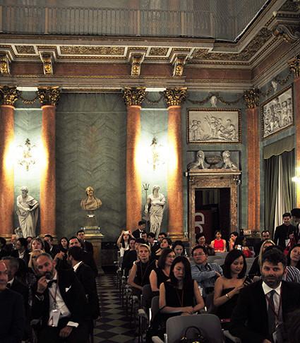 """la sala di Villa Olmo che ha ospitato la premiazione del concorso di Design """"A' Design Award&Competition"""" .  Bolina vince il premio nella categoria """"Furniture, Decorative Items and Homeware Design Award Category"""""""