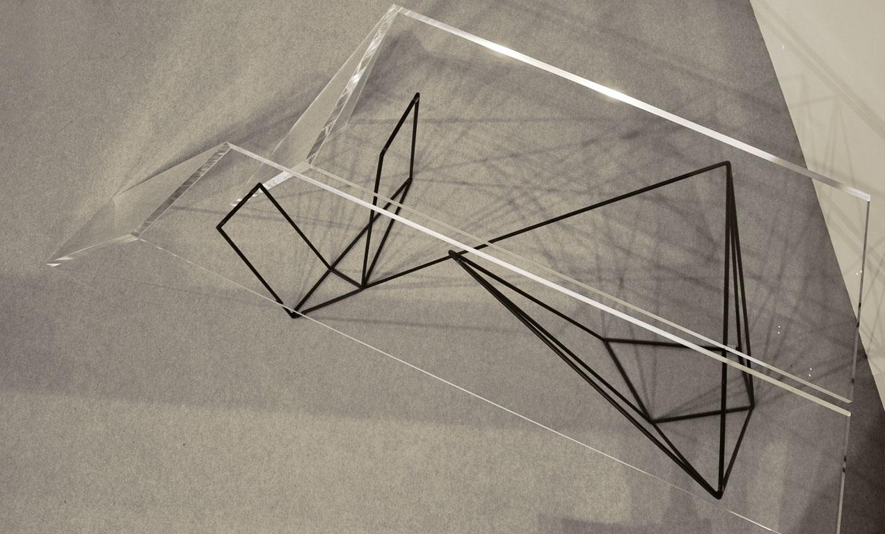 tavolo-moderno-di-design