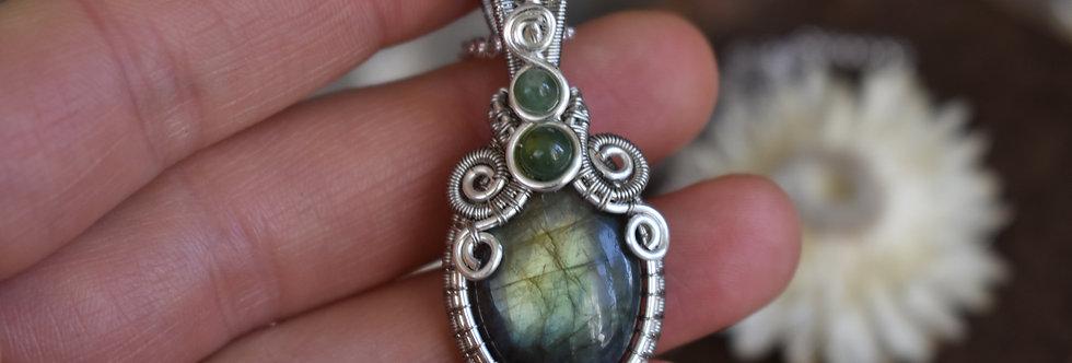 ~Morgeline ~ Collier wire en Argenté en Labradorite bleu/vert