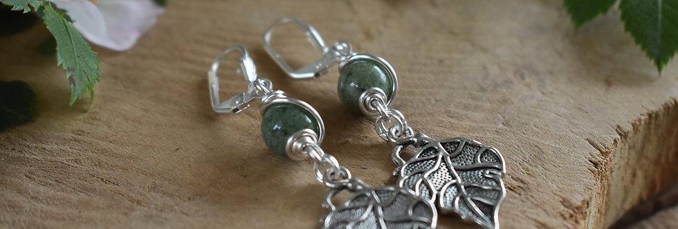 ~Leaf~ Petite Boucles d'oreilles Argenté et perle d'agate verte