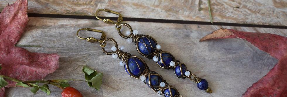 ~Entrelat~longue Boucles d'oreilles Bronze et perles de Lapis Lazuli