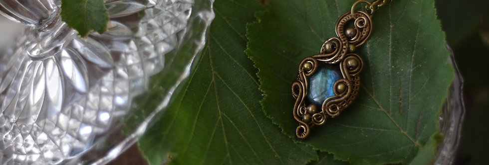 ~Fiole magique~ Collier wire bronze en Labradorite bleue