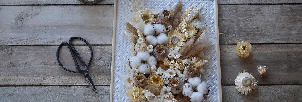 ~Intemporel~ Cadre décoratif en bois  blanc et fleurs séchées Nature et blanc