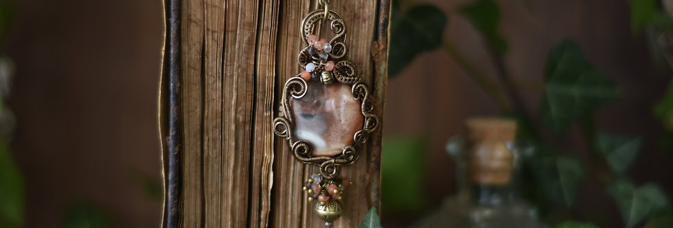 ~Miltonia~ Collier wire bronze et Jaspe Impériale