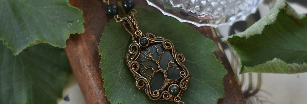 ~Halésia~ Collier wire bronze Arbre de vie en Héliotrope
