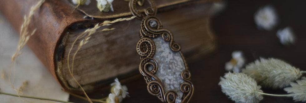 ~Julienne des Dames ~ Collier wire bronze en Jaspe Ocean