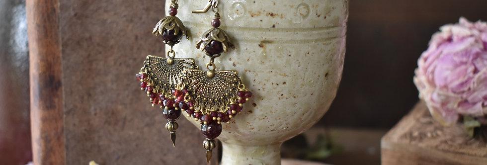 ~Nymphe~Longue Boucles d'oreilles Bronze et Couleur  Rouge
