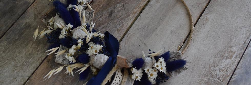 ~Blue Bird  ~ Couronne de Fleurs séchées Blanche, Grise et Bleu