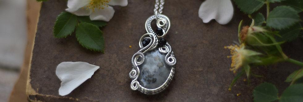 ~Cardoncelle~ Collier wire en Argenté en Quartz solaire et perles d'Onyx