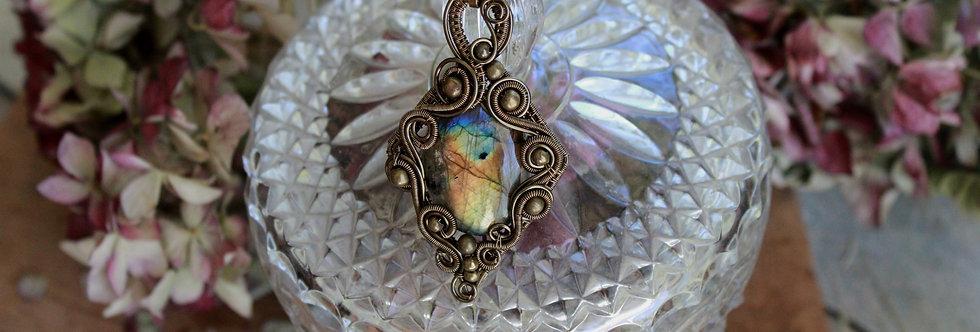 ~Polémoine~ Collier wire bronze en Labradorite bleu/doré