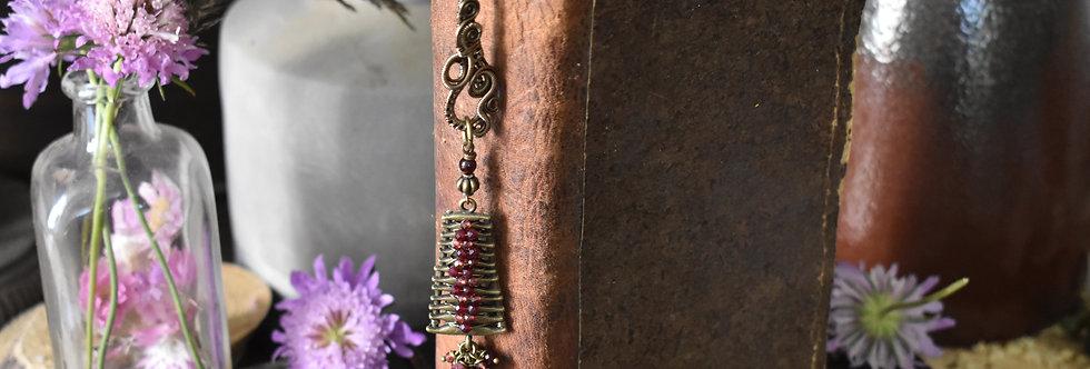 ~Mirdan ~ Marque-pages wire Bronze et Pendentif échelle et grenat