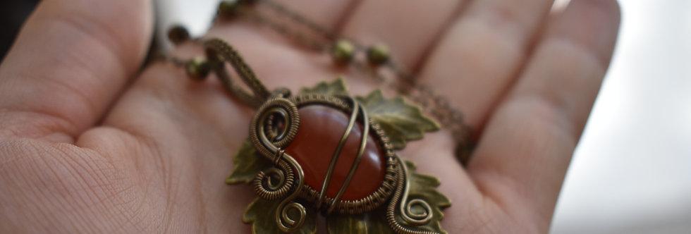 ~Athélas~ Pendentif Feuille Bronze et wire  Bronze en Cornaline