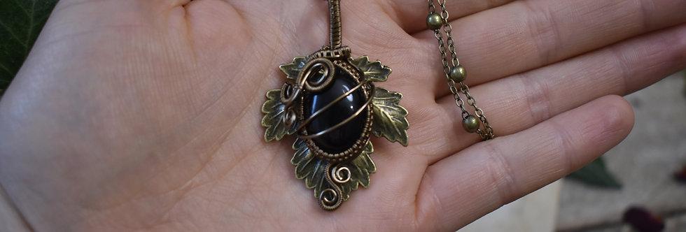 ~Athélas~ Pendentif Feuille Bronze et wire  Bronze et Onyx noir