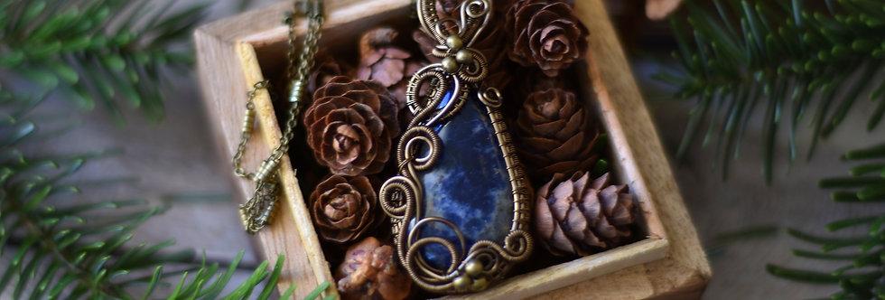 ~Blue Sky~ Collier wire bronze en Sodalite