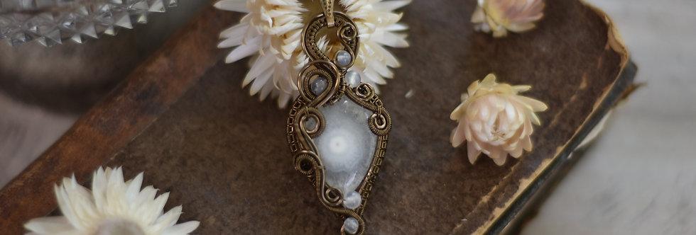 ~Carlina~ Collier wire bronze en Quartz Solaire  et perles d'Agate