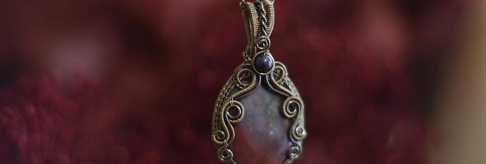 ~Saint Valentin ~ Collier wire bronze en Héliotrope Ovale et perles de Grenat