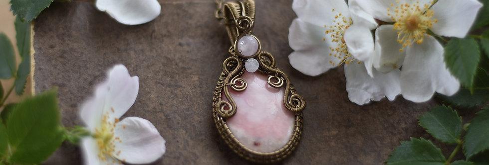 Réservé ~Colombine~ Collier wire bronze en Opale rose
