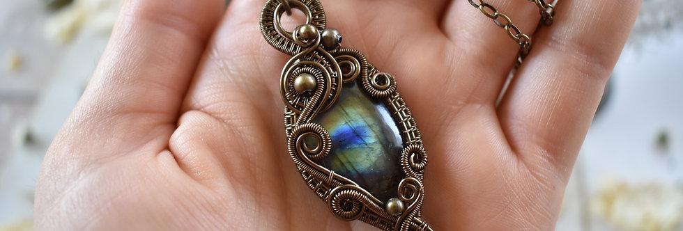 ~Morgeline~ Collier wire bronze en Labradorite vert doré et bleu