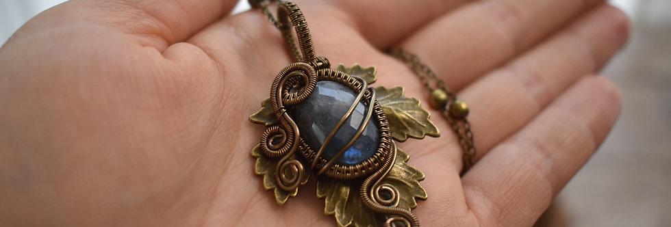 ~Athélas~ Pendentif Feuille Bronze et wire Bronze en Labradorite Facettée